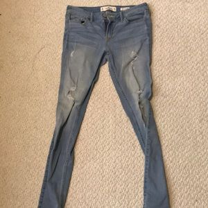 Hollister Ripped Low Rise Super Skinny Jeans